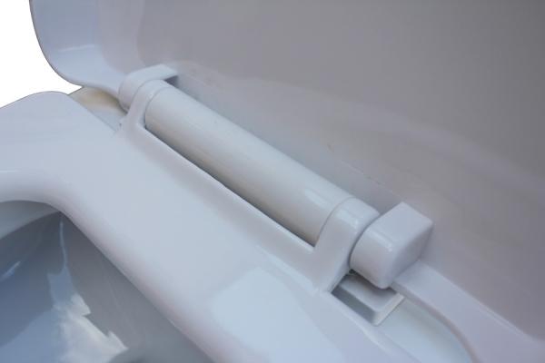 Фото 481: Напольный унитаз моноблок черно-белый Laguraty 073A